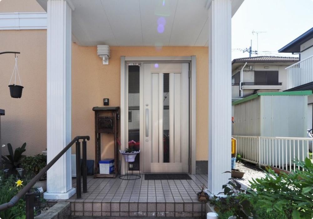 玄関ドアイメージ